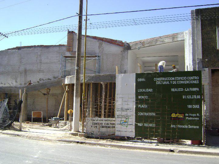 Centro Cultural y de Convenciones en construcción 1