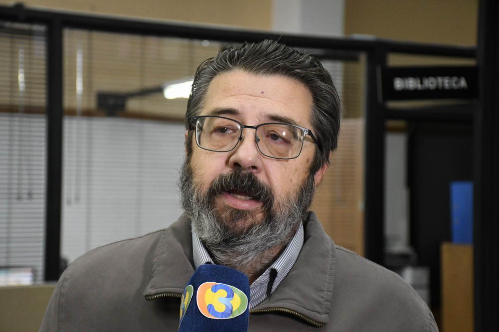 José Perez Subsecretario de Medios frente